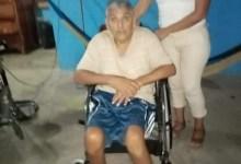 Photo of DIF La Unión entrega sillas de ruedas a personas de la tercera edad