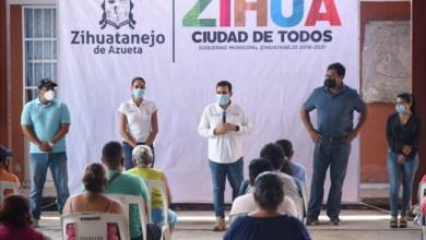 Photo of Entrega Jorge Sánchez Allec apoyos a comunidades afectadas por tormenta Hernán