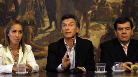 De izquierda a derecha: Vidal, Macri y Montenegro