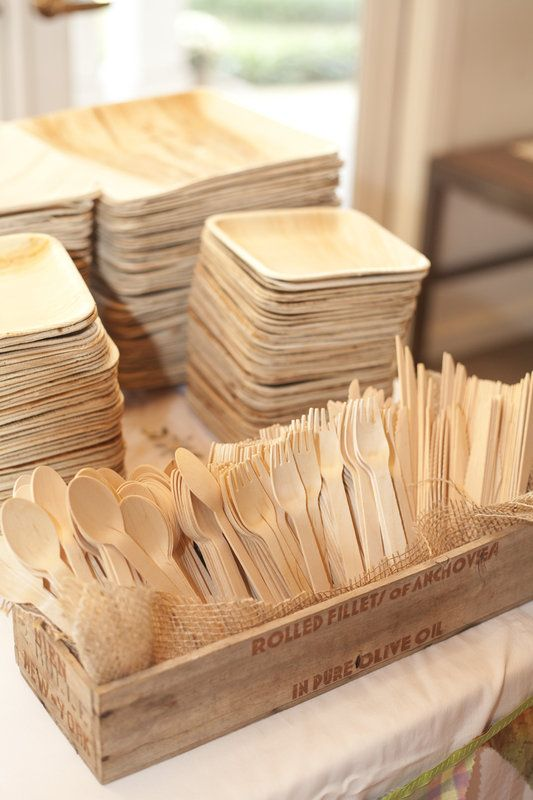 wooden reusable untensils and plates