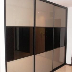 realizacja szafy wnękowej na wymiar potrójne drzwi warszawa