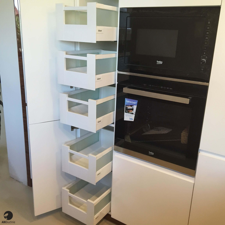 kuchnie na wymiar w domu jednorodzinnym wyszk w abc kuchnie. Black Bedroom Furniture Sets. Home Design Ideas