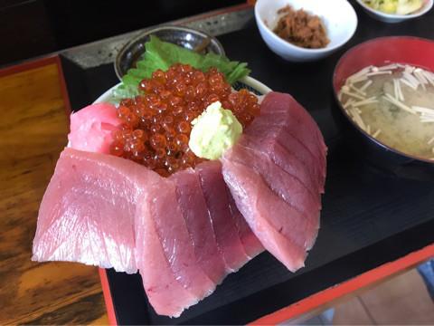 グルメ | 海鮮丼 | 高品質で安いネイルサロンABCネイル 北千住店