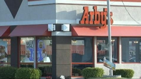 abc arbys finger in sandwich thg 120518 wblog Teen Finds Fingertip In Arbys Sandwich