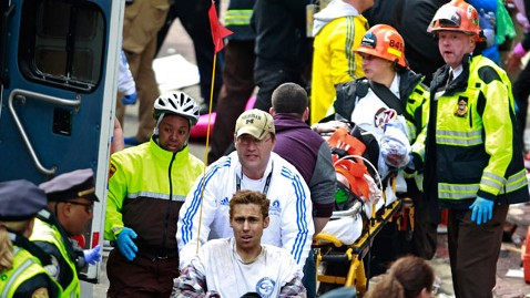 ap strong crowd kb 130415 wblog LIVE UPDATES: Boston Marathon Explosion
