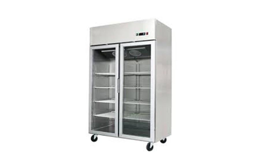 Refrigerador Verticalmodelo MCF8605 marca ATOSA