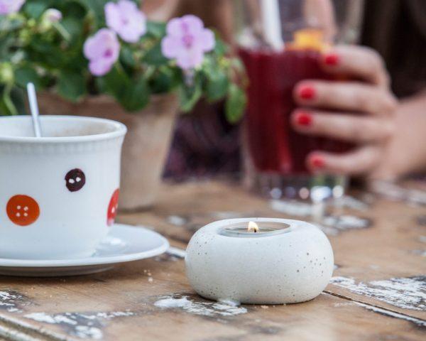 designer tealight holders for garden decoration