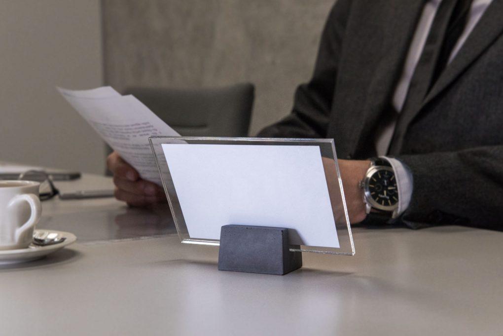 Modern tabletop photo holder
