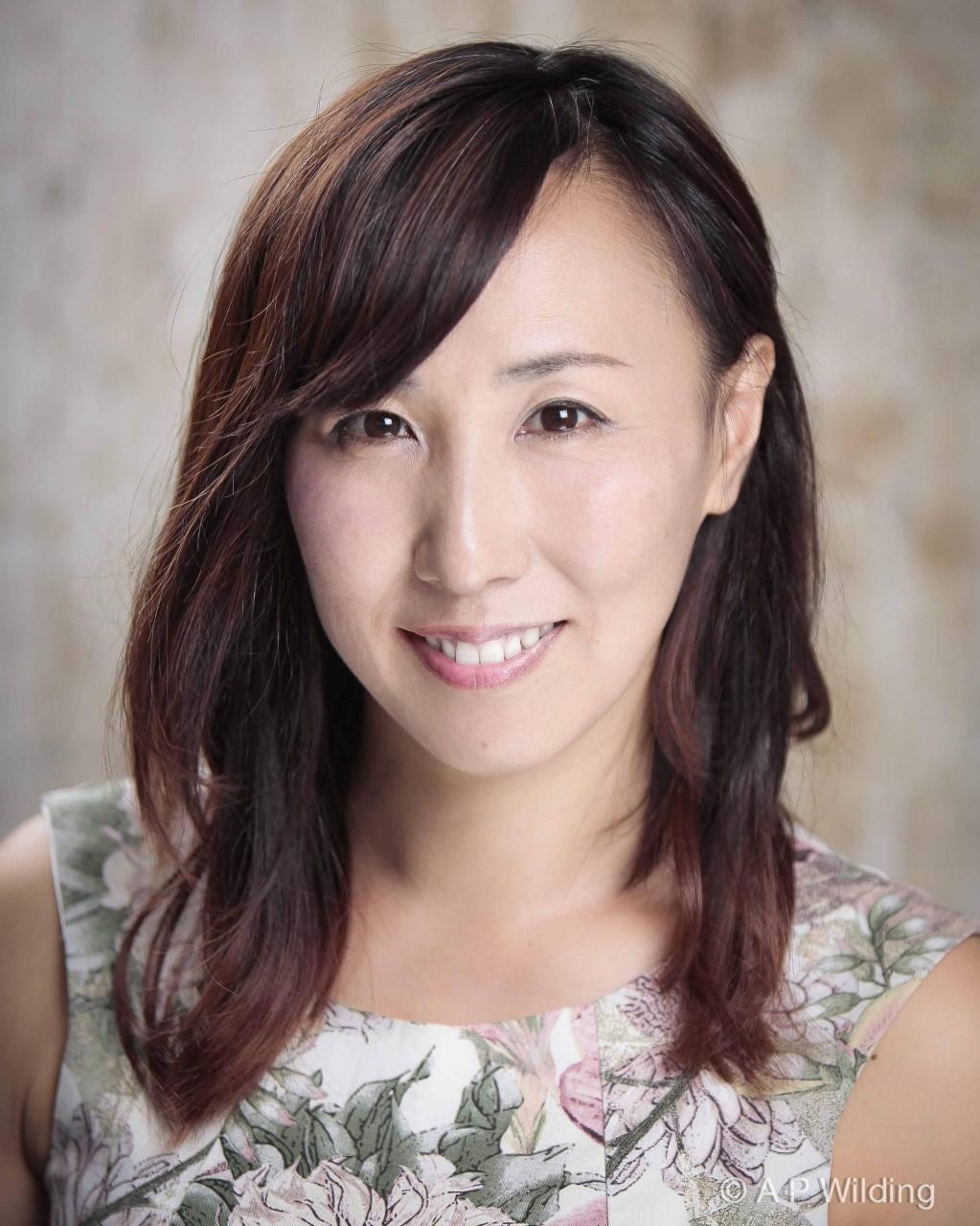 Shina Shihoko Nigai