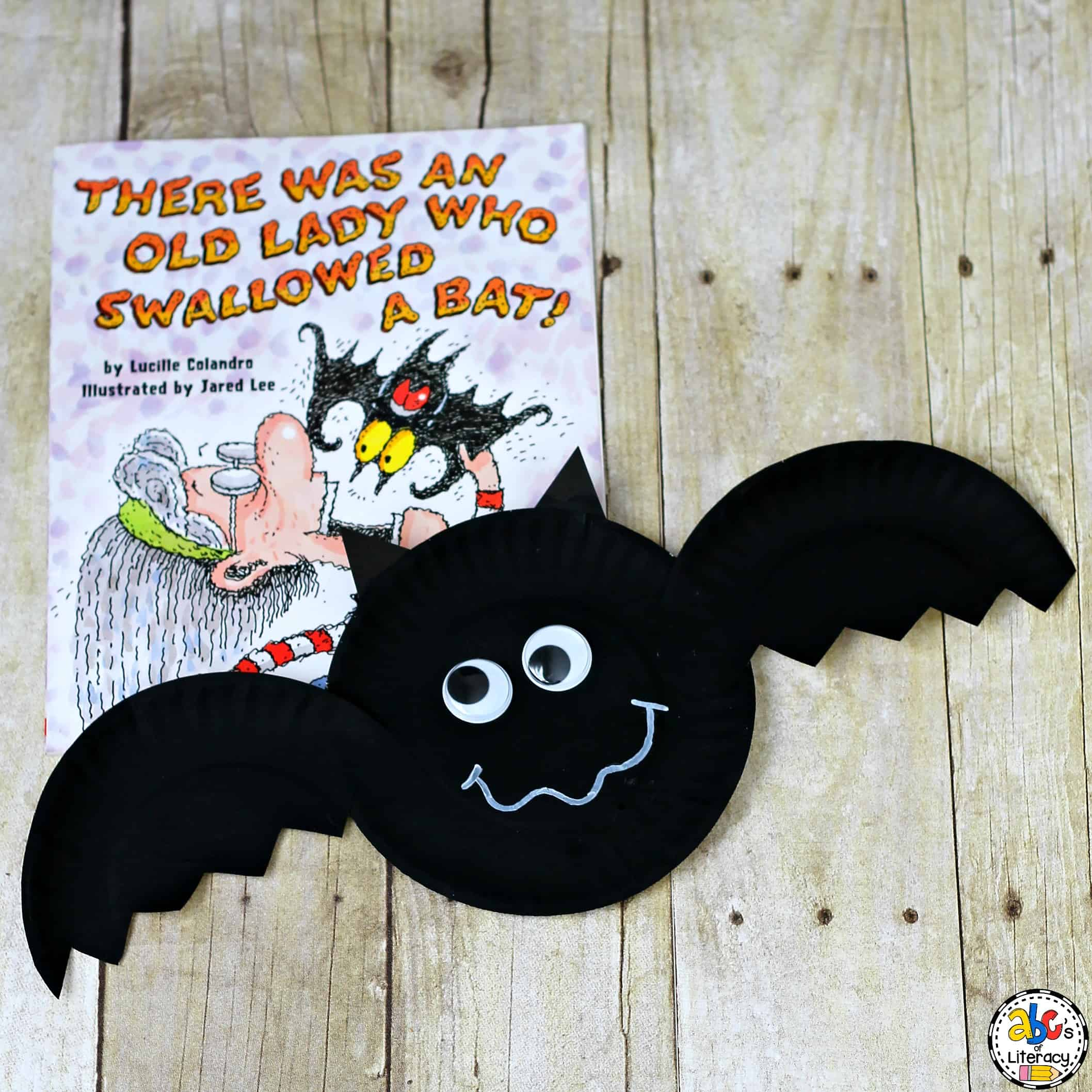 Your kids will enjoy creating this Paper Plate Bat for a Halloween craft. Or, add this bat craft to your unit on nocturnal animals for some extra fun.