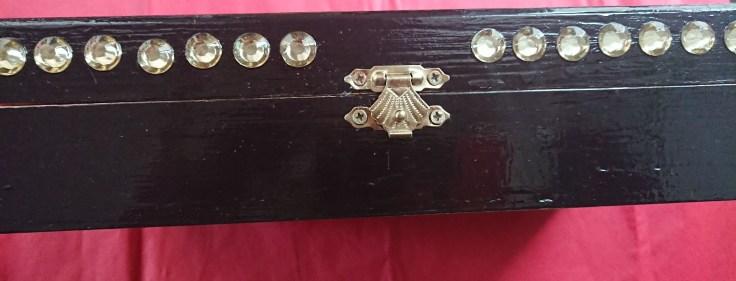 Alana's decorated box 6