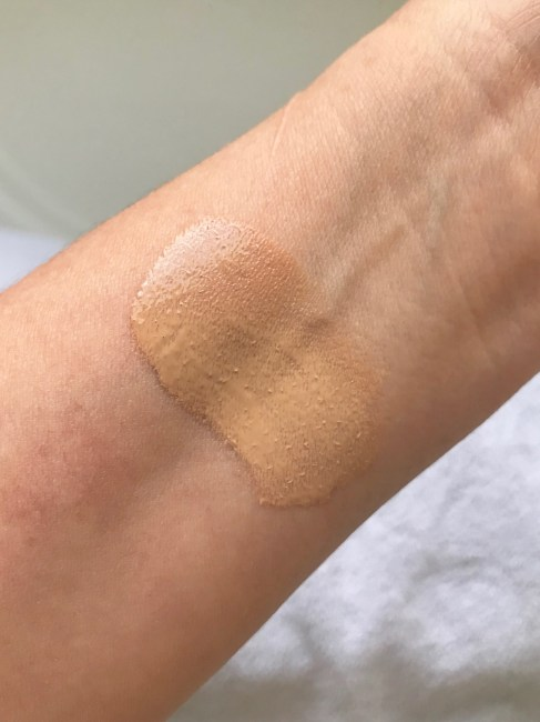 Swatch Soleil Flawless Glow Foundation