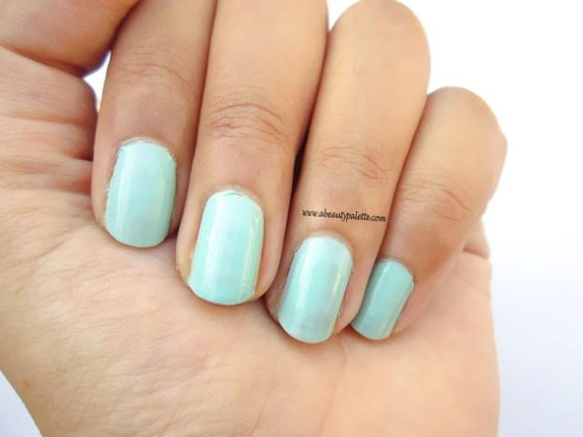 L'oreal Color Riche Nail Paint in Perle De Jade Review