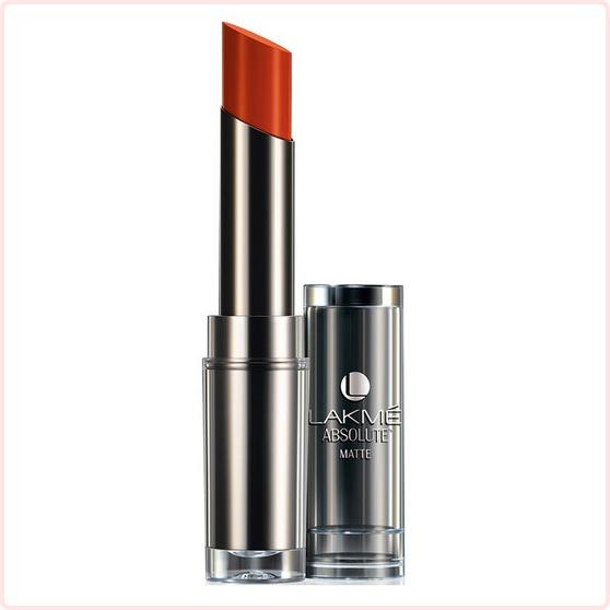 lakme absolute sculpt matte lipstick 2