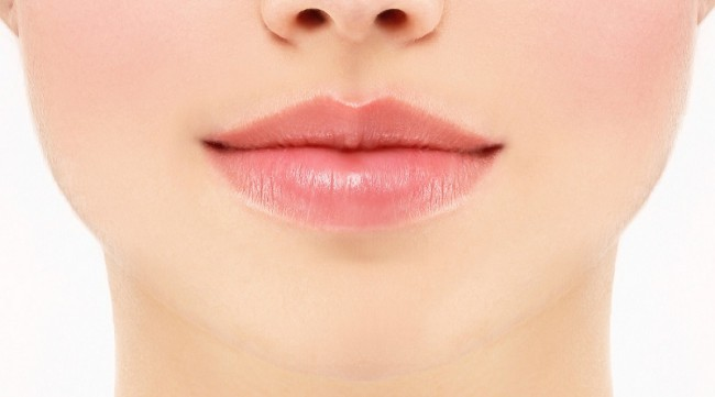 How To Get Rosy Pink Lips: 6 Super Cool Home Remedies