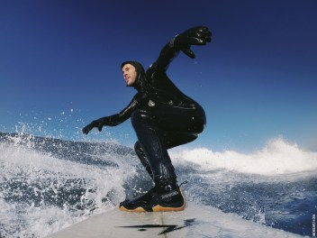 surf0b2