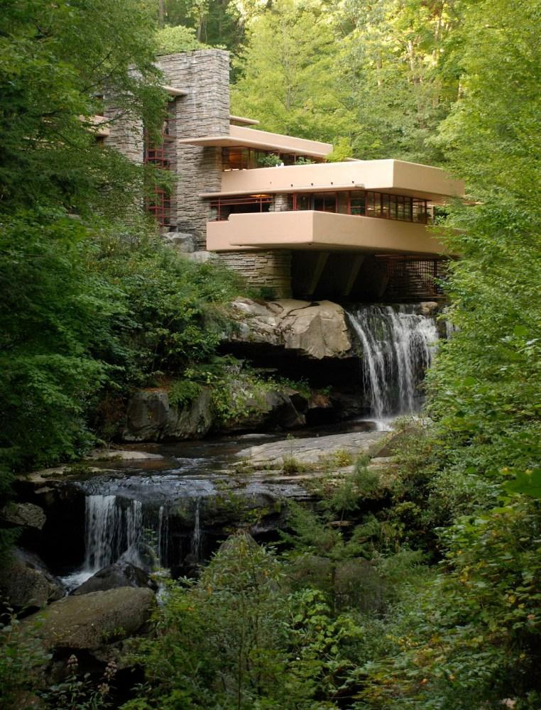Fallingwater (Casa de la Cascada) de Frank Lloyd WRIGHT (1/6)