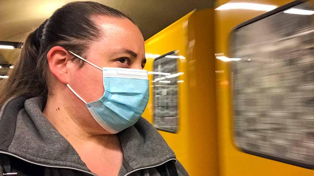 Berliner Alltag unter Corona: Maskenpflicht im Berliner Nahverkehr