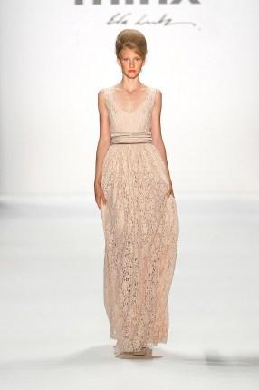 Nude-farbenes Abendkleid von Minx - SS2013