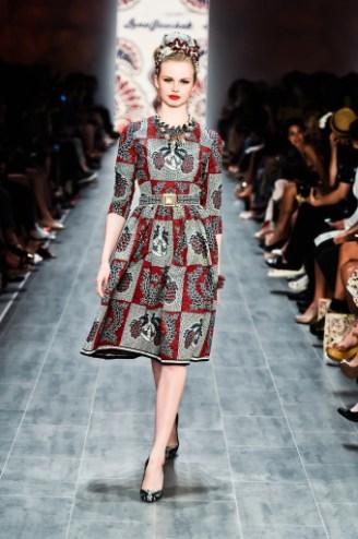 Rotes Kleid grau gemustert - Lena Hoschek 2015