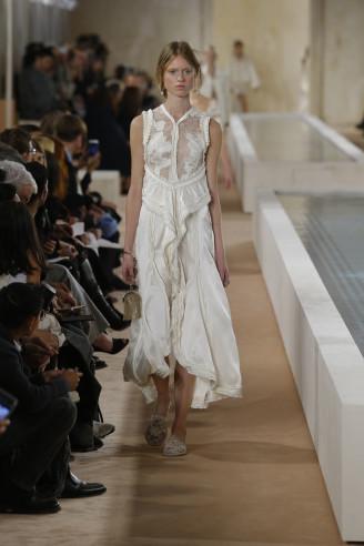 Balenciaga Seidenkleid weiß - Tanzkleider Sommer 2016