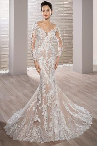 Langarm Brautkleid aus Spitze. Demetrios