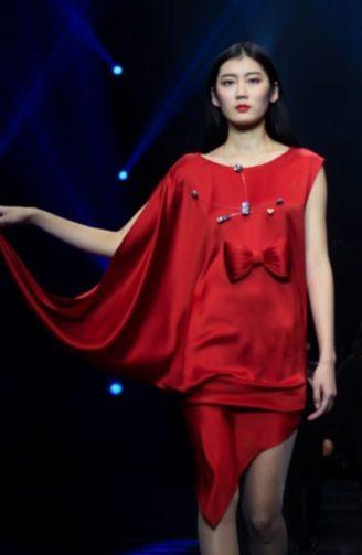 Rotes Abendkleid Pierre Cardin