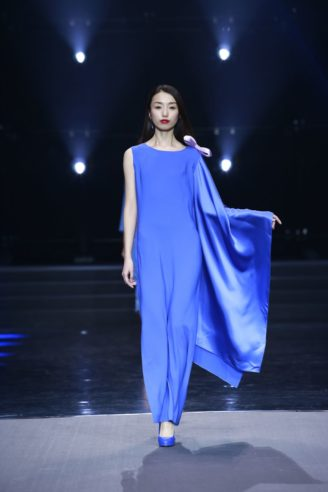 Pierre Cardin Abendkleider 2018 - Fashion Show in Peking