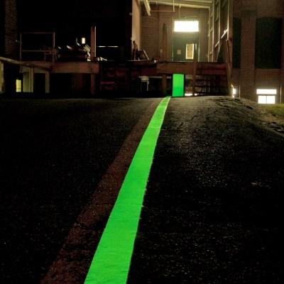 driveway glow markings