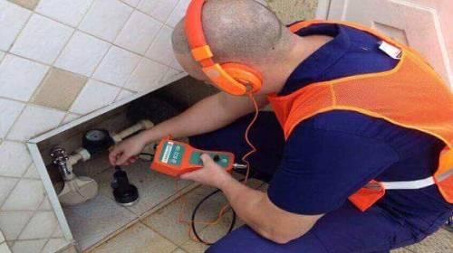 Encanador-Desentupimento-Limpa Fossa-Dedetização