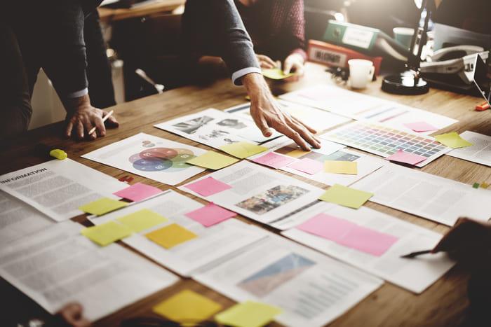 Folhas de planejamentos, representando abrir MEI - Abertura Simples