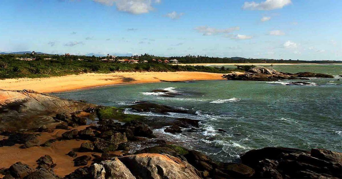 foto do mar da cidade, representando como abrir empresa em rio das ostras