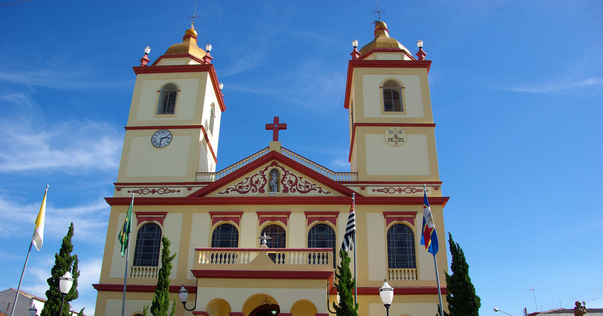 foto da igreja da cidade, representando como abrir empresa em Bom Jesus dos Perdões
