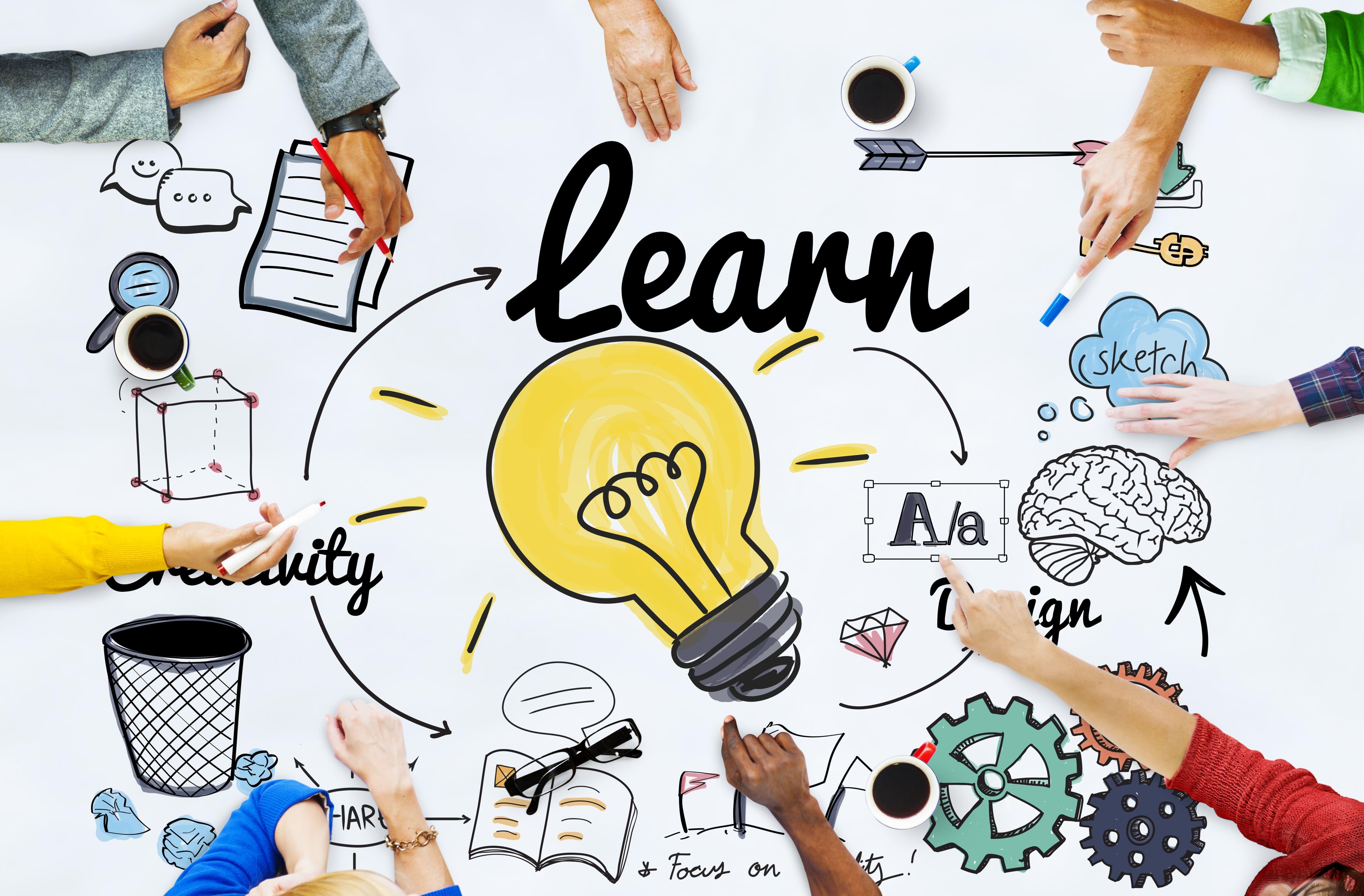 Imagem com a palavra aprender para remeter ao empreendedor que está buscando cursos online de Marketing Digital