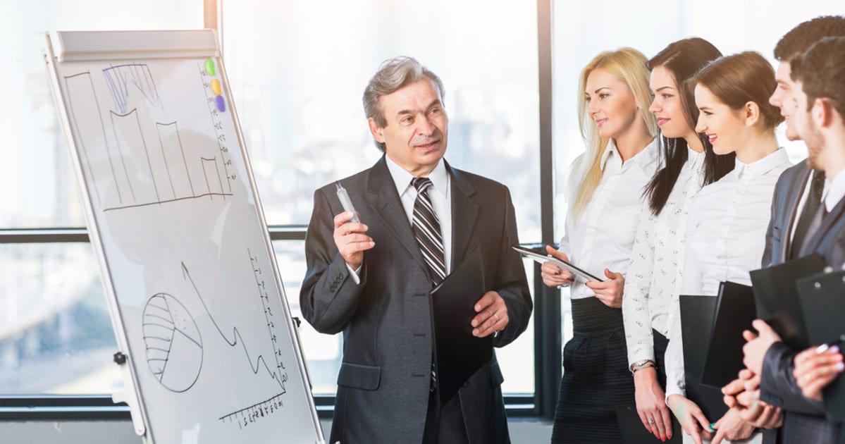 Equipe aprendendo como aplicar o Inside Sales na Contabilidade