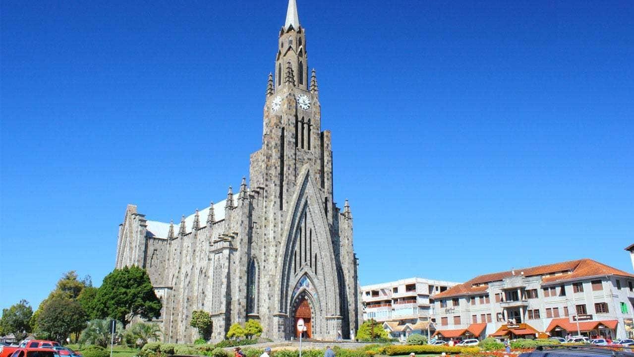 Imagem da igreja símbolo para quem deseja um escritório de contabilidade em Canela