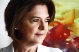 Heliana Kátia Tavares Campos é coordenadora da CT Resíduos Sólidos da ABES e presidente do Serviço de Limpeza Urbana - SLU do Distrito Federal.