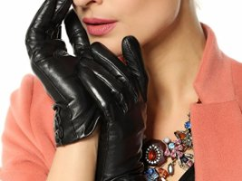 Top 10 Best Touchscreen Winter Gloves For Women 2019 Review