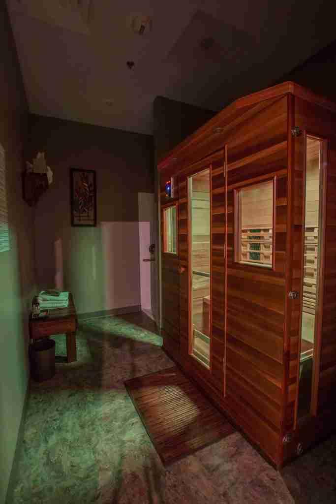 Infrared-Sauna-Spa-Suite