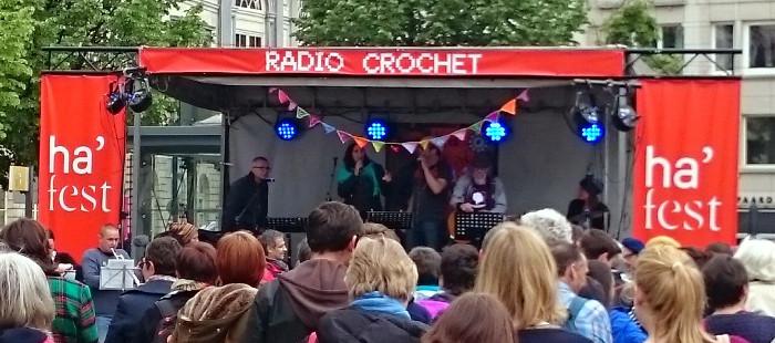 Radio Crochet