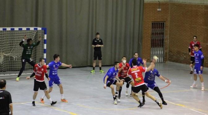 El buen juego de Finetwork no le llegó para ganar el derbi en Oviedo