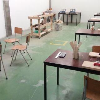 bedrijfsfeest bedrijfsuitje afdelingsfeest afdelingsuitje workshop houtbewerken kleine machinesnijmegen honig de smeltkroes creatief actief teamuitje
