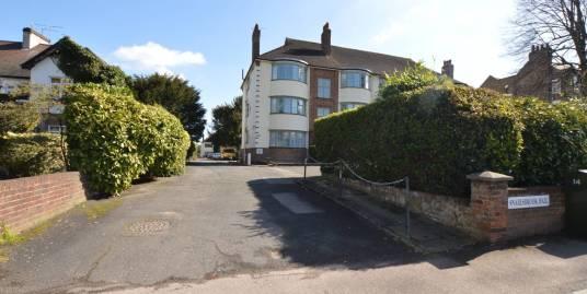 2 Bedroom Flat, Snaresbrook Hall, South Woodford, E18 2EJ