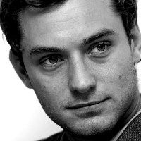 Jude Law Dck Pic is Tiny and Sad