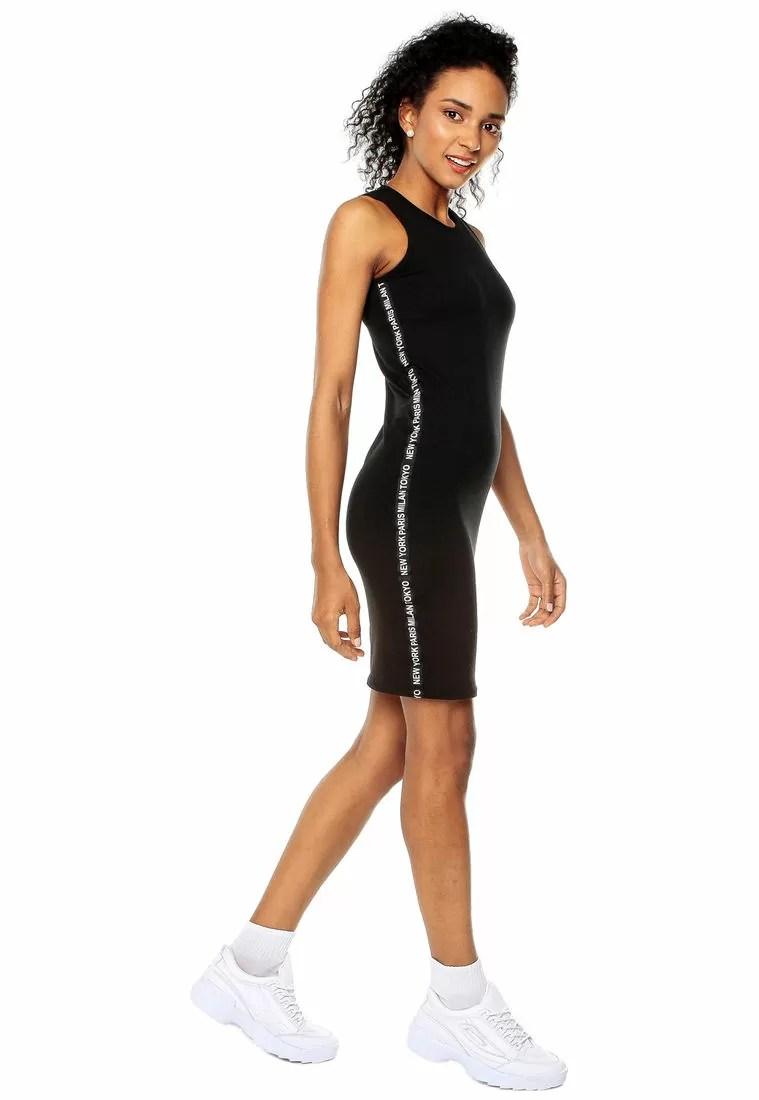 Vestido Midi Negro Deportivo