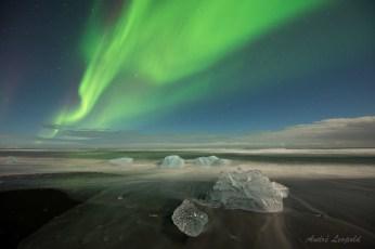 Nordlicht über Lavasand