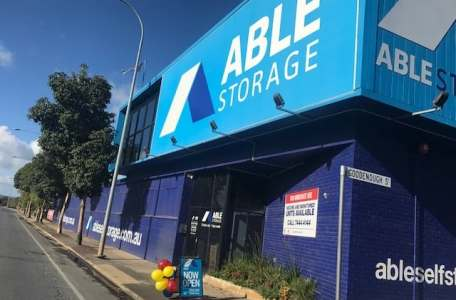 able self storage mile end go the crows