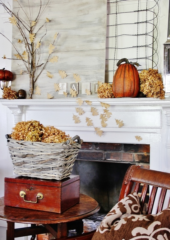 Thistlewood Farms Fall Mantel