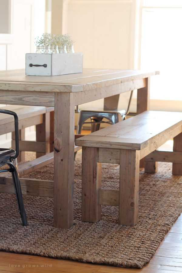 DIY Farmhouse Bench by Love Grows Wild, 20 DIY Farmhouse Projects