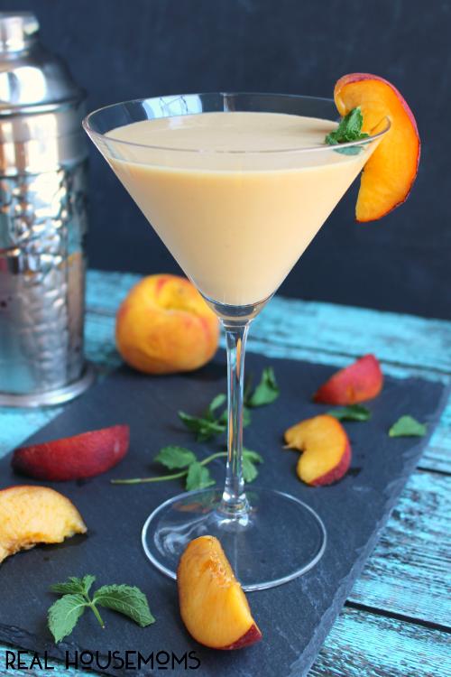 Peaches and Cream Martini, 20 Best Summer Cocktails